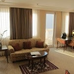 lem bud suite living