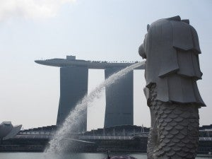 Two of Singapore's monuments: the Merlion, and a much newer landmark, the Marina Bay Sands.