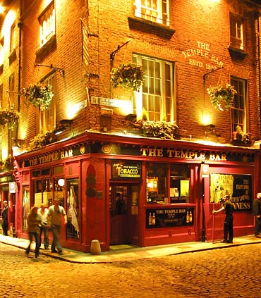 The famous Temple Bar, where everyone comes for an evening of drinking and music.