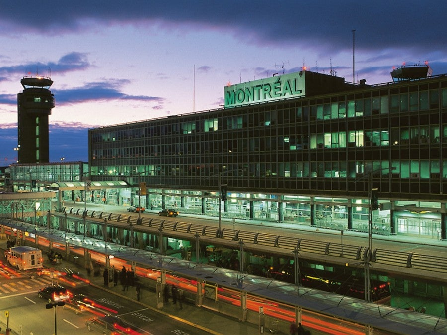 how to get from montreal trudeau airport to downtown montreal