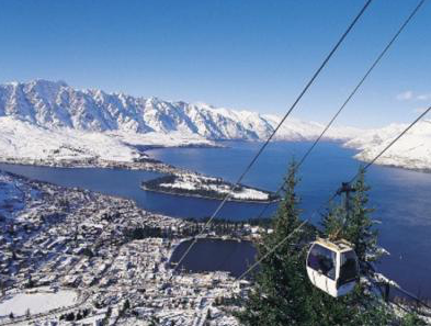 The gondola up to Skyline Queenstown after a fresh snowfall.