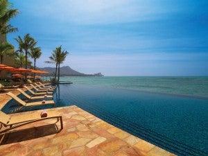The Edge Infinity Pool at the Sheraton Waikiki.