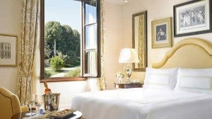 Premier King guest room at the Four Seasons Hotel Firenze.