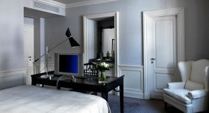 Guest room at the J.K. Place Firenze.