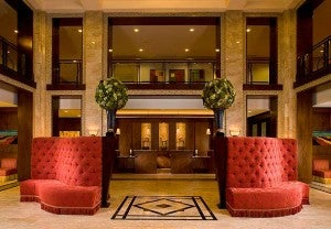 Lobby area at the New Orleans Downtown Marriott.