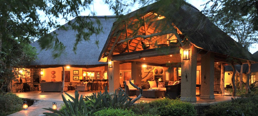 The main lodge patio at Savanna.