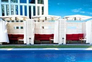 Wet- rooftop swimming pool at the W New Orleans.
