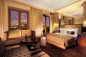 King junior suite at the Radisson Blu Alcron.