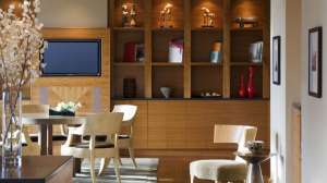 Club level guests and Hyatt Diamond members have access to the Grand Club at the Grand Hyatt Seattle.