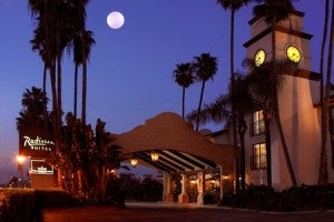 The Radisson Suites Buena Park Hotel.