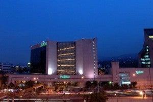Exterior of the Radisson Paraiso Hotel Mexico City