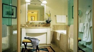 The 250 rooms at the The Four Seasons Hotel Mexico Distrito Federal boast deep soaking tubs.