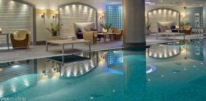 Indoor pool at the Hyatt Regency Warsaw.