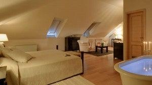 King guest room at the Hotel Bellevue Dubrovnik.
