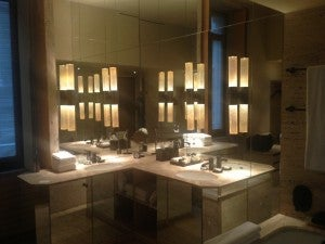 Mirrored bathroom of my junior suite