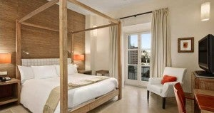 Queen guest room at the