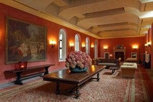 Lobby area at Bauer Palladio.
