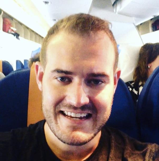 KLM Instagram smiling
