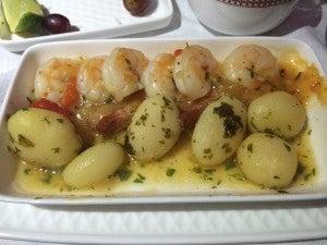 Shrimp and potatoes in 'American Sauce'