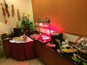 The breakfast buffet.