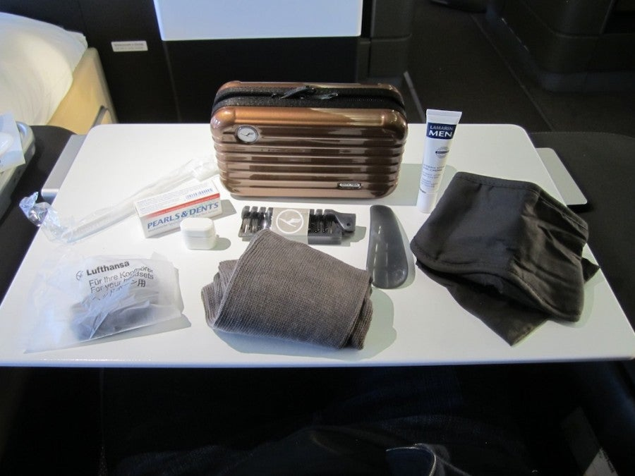 flight review lufthansa first class 747 400the points guy. Black Bedroom Furniture Sets. Home Design Ideas