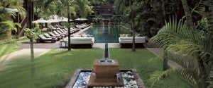 The grounds at L'Residence d' Angkor.