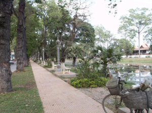 The banks of the Siem Reap
