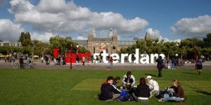 Check out the I AMSTERDAM sign-for FREE!