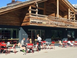 Have an apres-ski at the W Cafe.