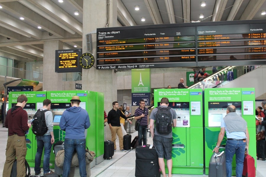 RER Ticketing Machines at Charles De Gaulle require PINs for purchases