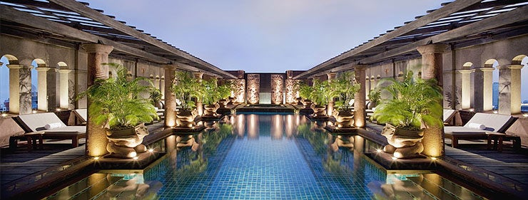 Stay in the Crowne Plaza Bangkok Lumpini Park for just 5,000 points per night!