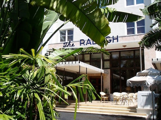 The facade of The Raleigh, the perfect hideaway in the heart of South Beach