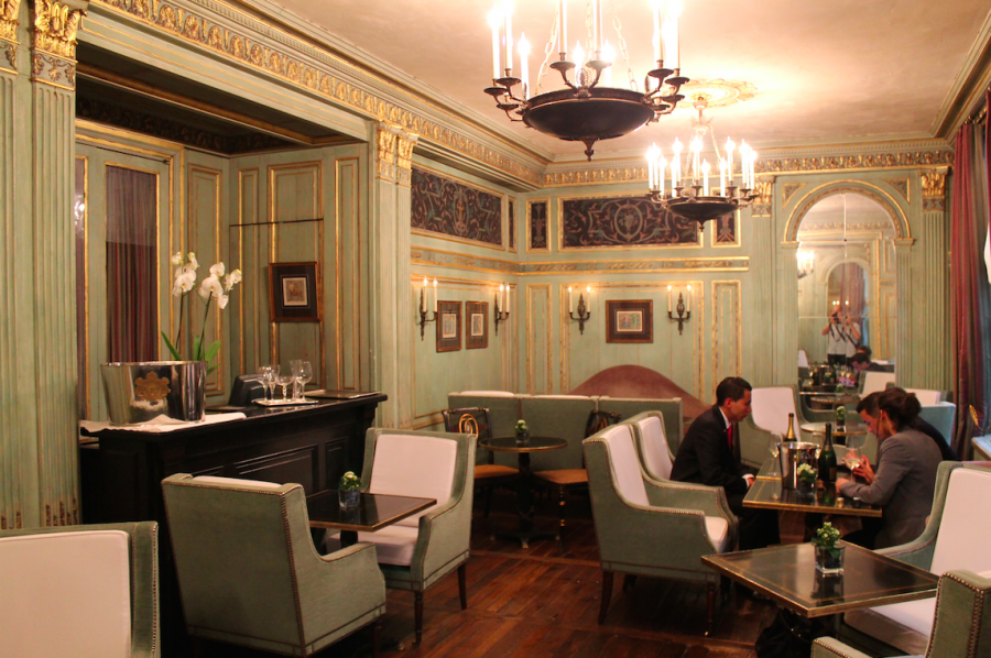 Le Dokhan's Bar at the Radisson Blu