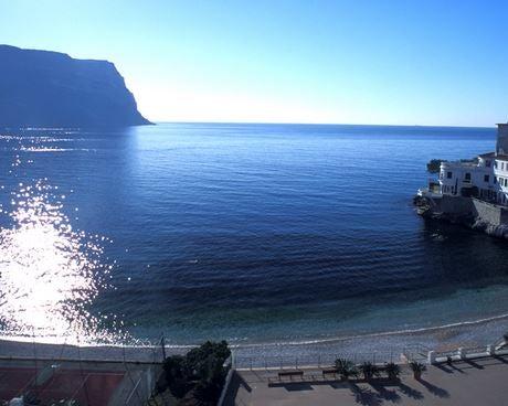 Visit Cassis beach near Marseilles, France