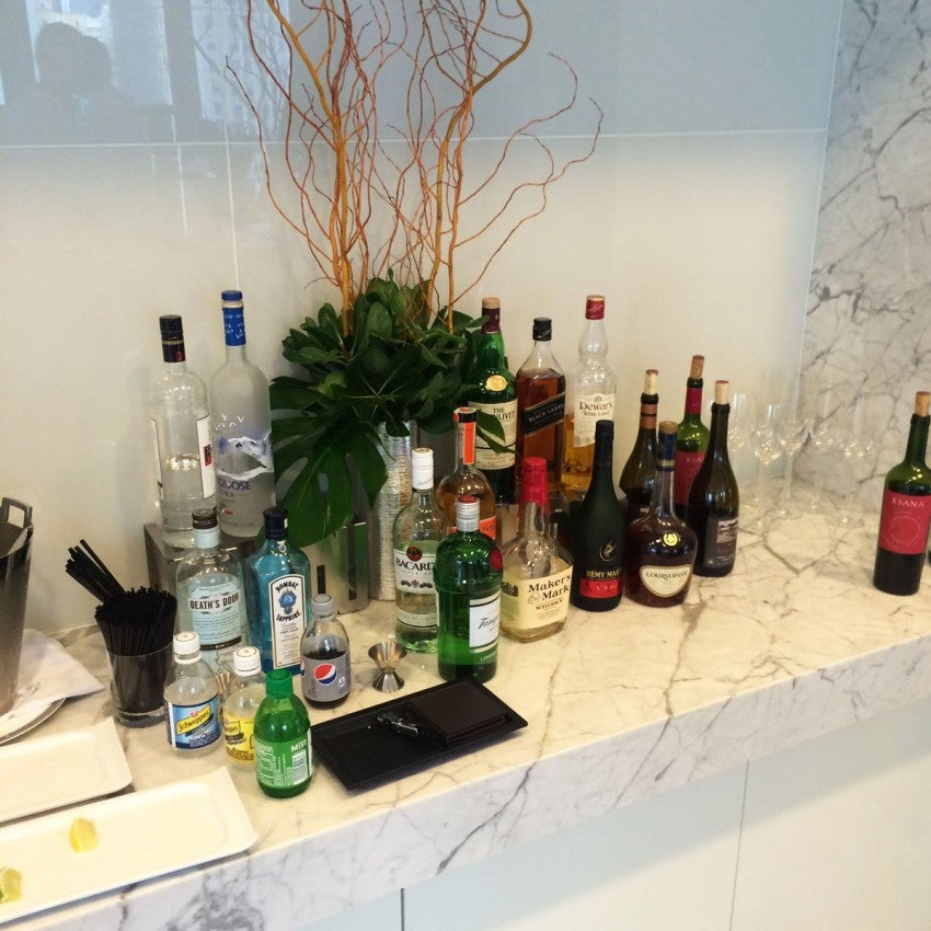 The none-too-shabby Club Lounge bar