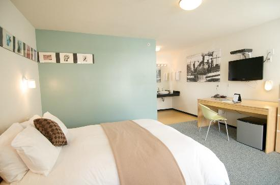 The mod Greenporter Hotel offers airy rooms with a retro flair.