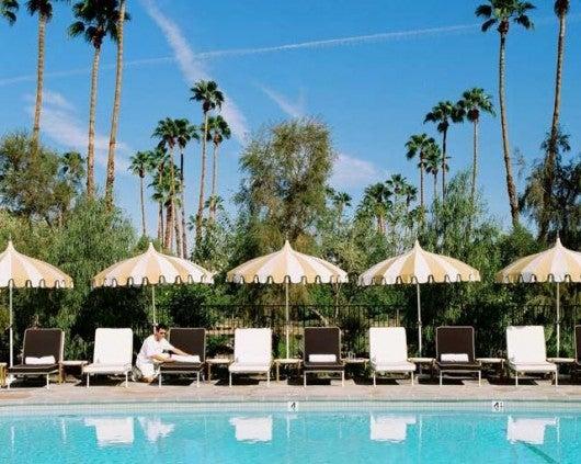 Le Meridien Palm Springs pool area.