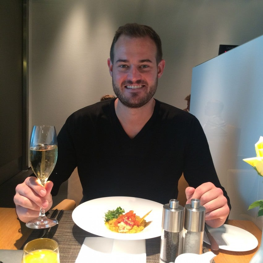 I enjoyed lobster-curry risotto and Champagne in Munich's Lufthansa first-class lounge