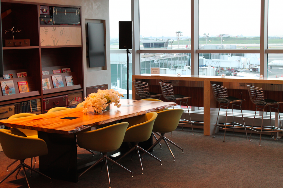Beautifully designed Lounge Area