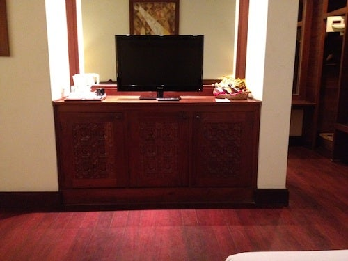 The TV and minibar area.