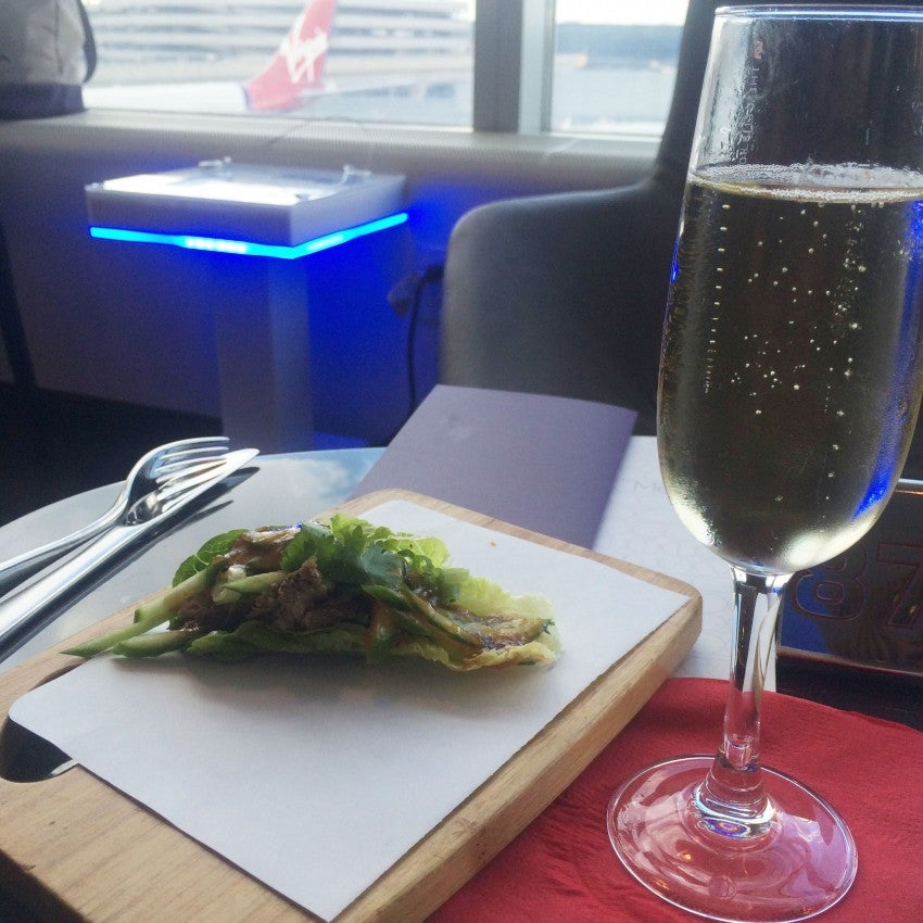 I just had time for a quick duck lettuce-wrap and a glass of champers in the Clubhouse