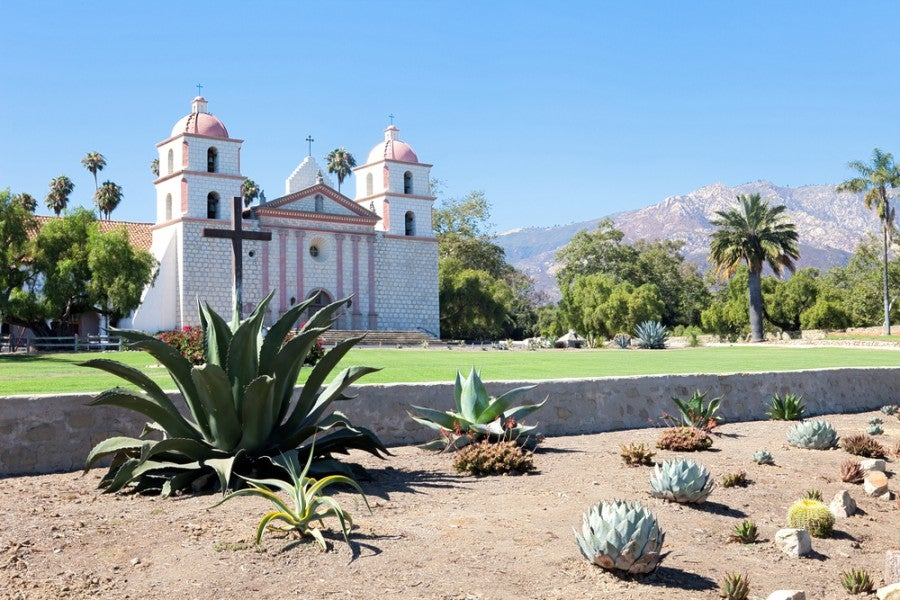 The Santa Barbara Mission had a big influence on the 1920s version of the city
