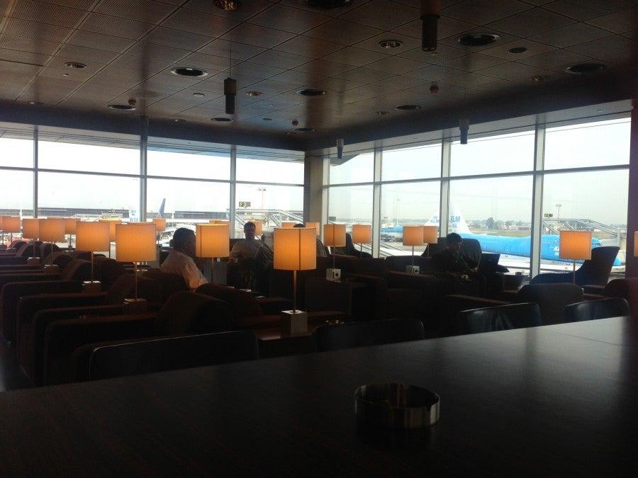 Flight review new york jfk amsterdam cape town in klm for Amsterdam economica