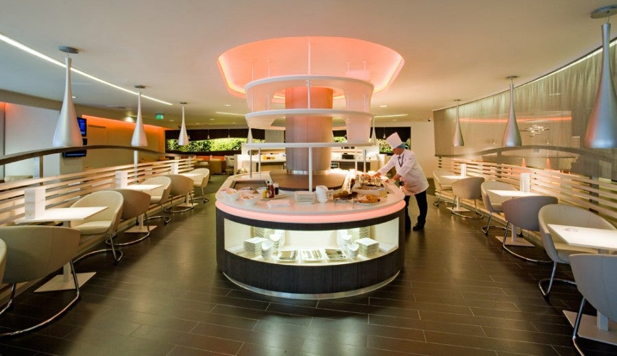The SkyTeam lounge at Heathrow's T4 is a great option for Amex Platinum cardholders (and will be for Citi Prestige cardmembers after October 19th!).