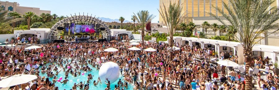 Mandalay Bay's daylight Beach Club - in daylight