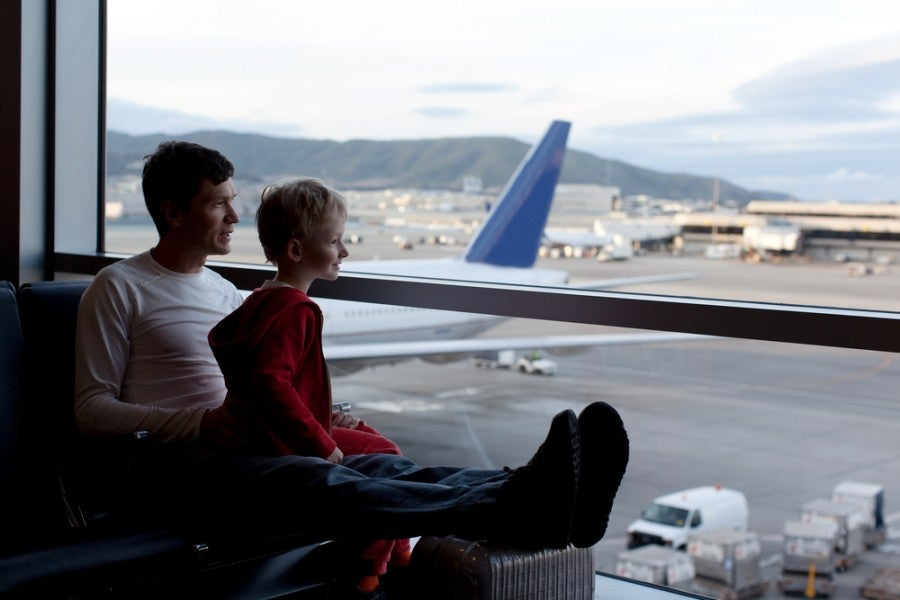 Unaccompanied Minors: Tips to Help Kids Fly Solo Safely – The ...
