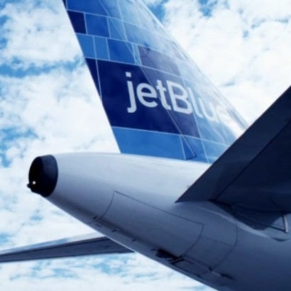 JetBlue tail fin plane featured