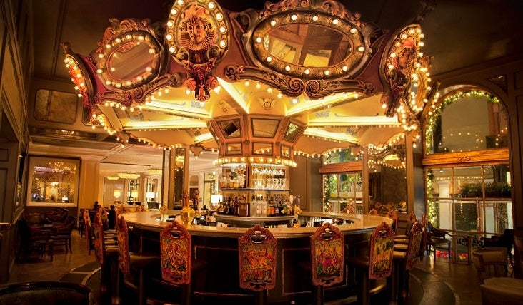 Hotel Monteleone's Carousel Bar, one of the few areas of the property without a reported ghost sighting