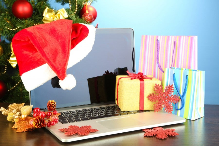 Make sure to do your holiday shopping through shopping portals. Photo courtesy of Shutterstock.