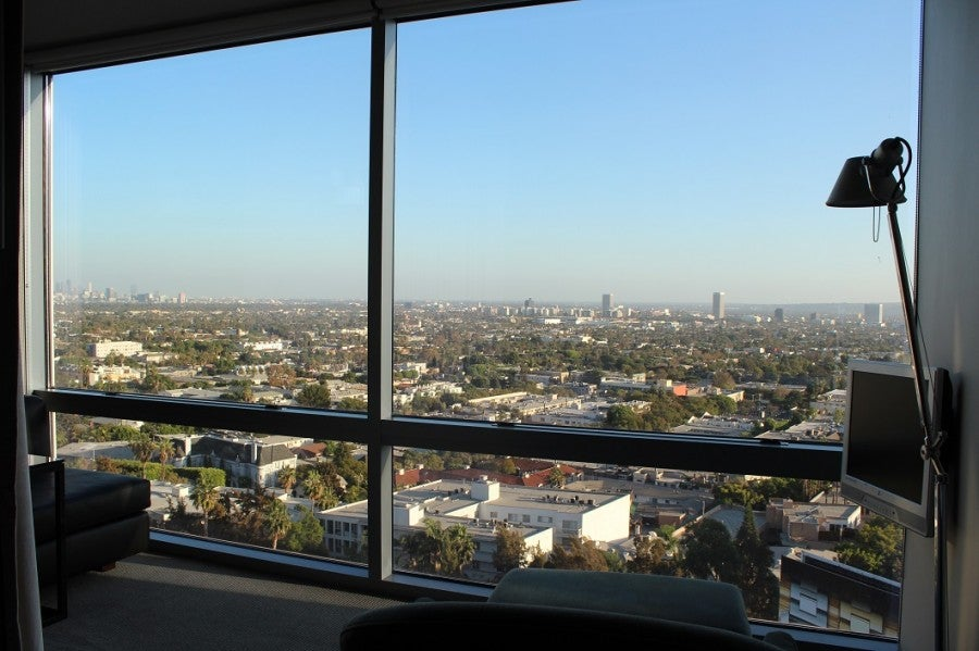 hotel review andaz west hollywood room with a view. Black Bedroom Furniture Sets. Home Design Ideas